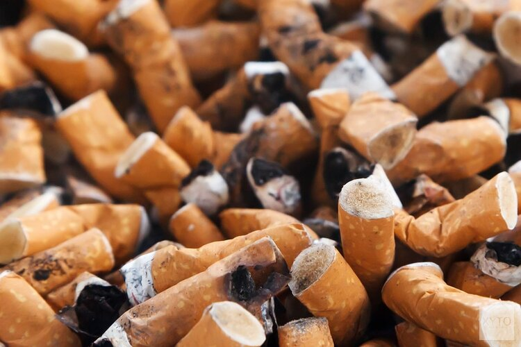 Stelling: behandelingen en medicatie voor stoppen met roken moet vergoed worden