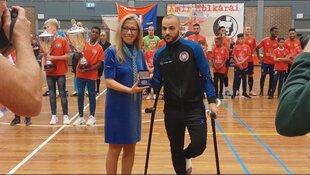 Zaalvoetballers ontvangen sportpenningen voor kampioenschap