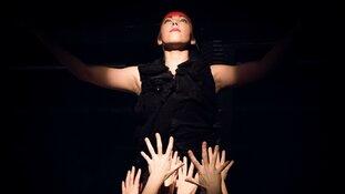 Theater Het Pakhuis met de dansonderneming danst