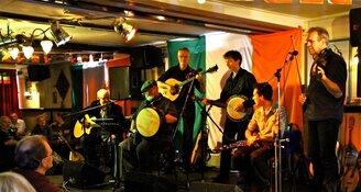 Irish Folk band CORACLE en Ierse zanger Jim Spiers op zondag 11 november in Folkclub Oosterleek