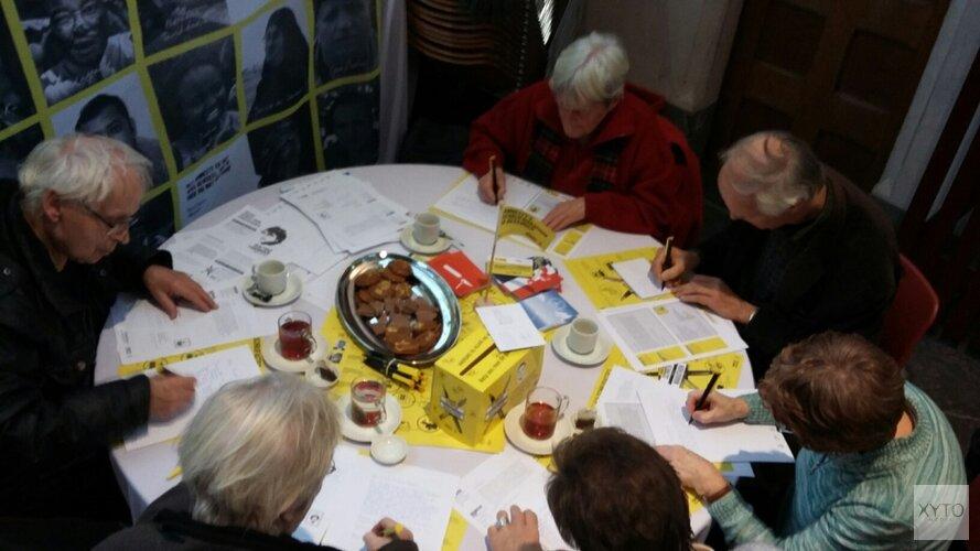 Ook in Hoorn schrijven voor mensenrechten op 8 december