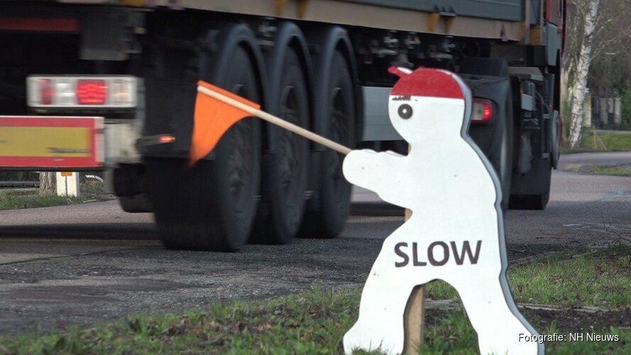 Buurtbewoners Oosterblokker roepen hulp provincie in tegen verkeersoverlast