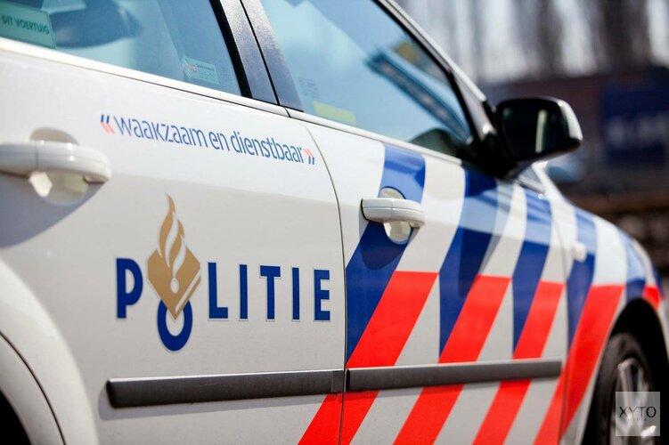 Beschonken bestuurder 'parkeert' auto tegen verkeerslicht in Hoorn