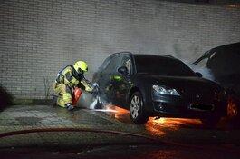 Pyromaan zit mogelijk achter reeks autobranden in Hoorn