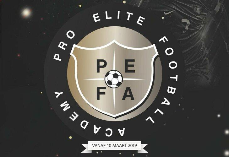 Wil jij opvallen bij jeugdtrainers van bvo's? Dat kan, door mee te doen aan de trainingen van Pro Elite Football Academy