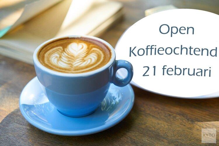 Gezellige ontmoeting bij een kop koffie bij Het lichtbaken Hoorn
