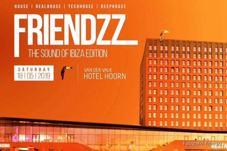 Friendzz neemt Erick E mee naar Hoorn