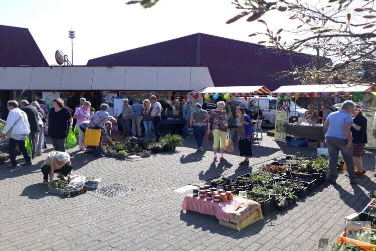 Groei en Bloei organiseert samen met buurtgroep plantjesmarkt