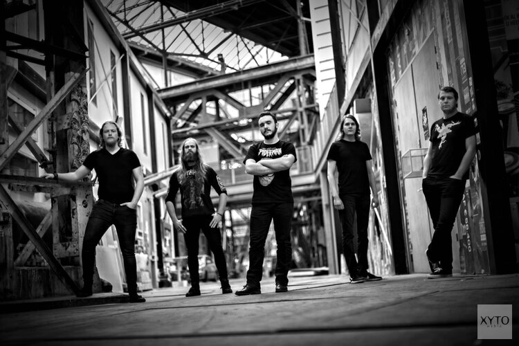 Album-release Anger Machine in Manifesto