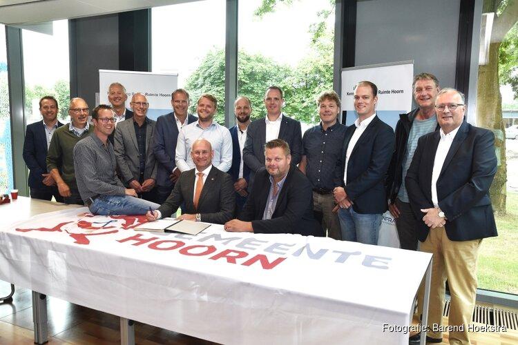 Gemeente Hoorn en ondernemers tekenen open convenant voor sterke regio