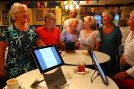 Zing mee in het smartlapkaffee en dineren bij moeders alle woensdagen in augustus in Oosterleek