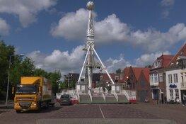 """Grootste kermis van Noord-Holland wordt opgebouwd: """"Het is altijd passen en meten"""""""