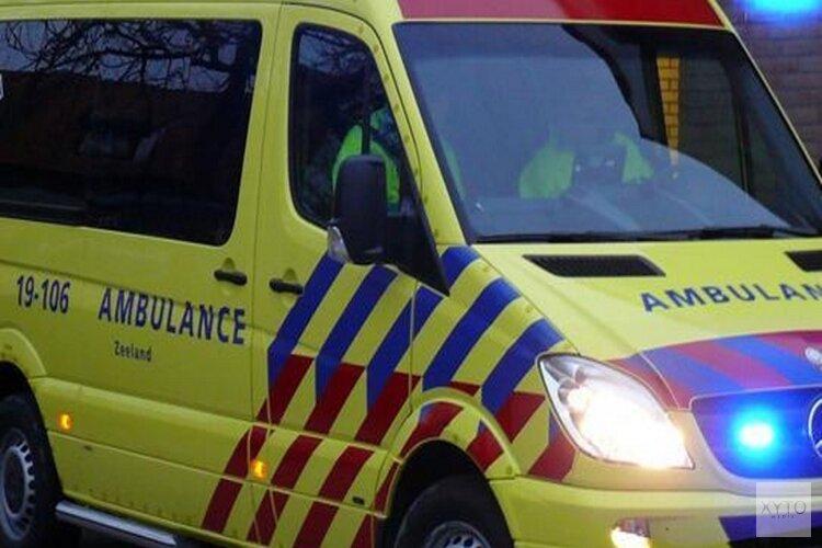 Auto schept voetganger in Hoorn