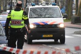 Man neergestoken door vrouw in woning in Hoorn
