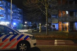Zwaargewonde bij grote brand in zorginstelling Hoorn: ruim 20 bewoners geëvacueerd