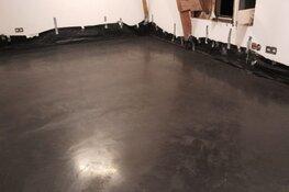 Ruwe betonvloer laten storten