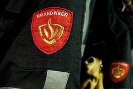 Auto verwoest door brand in Zwaag