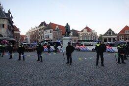 Twaalf aanhoudingen tijdens onlusten na demonstraties in Hoorn