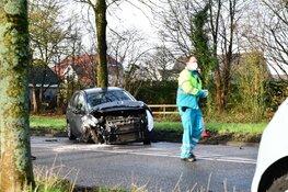 Twee gewonden en veel schade bij ongeval IJsselweg
