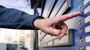 Politie Hoorn waarschuwt voor babbeltrucs na toename slachtoffers