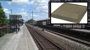 Nietsvermoedende voorbijgangers bekogeld met stoeptegels bij station in Hoorn