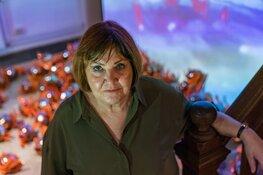 Vernieuwde VOC-zaal met kunstwerk Tineke Fischer