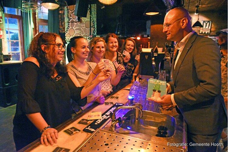Burgemeester gemeente Hoorn in gesprek met jongeren en horeca over alcohol